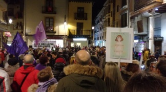Izquierda Unida insta al Ayuntamiento de Aranda a hacer una declaración institucional de apoyo a la menor arandina agredida.